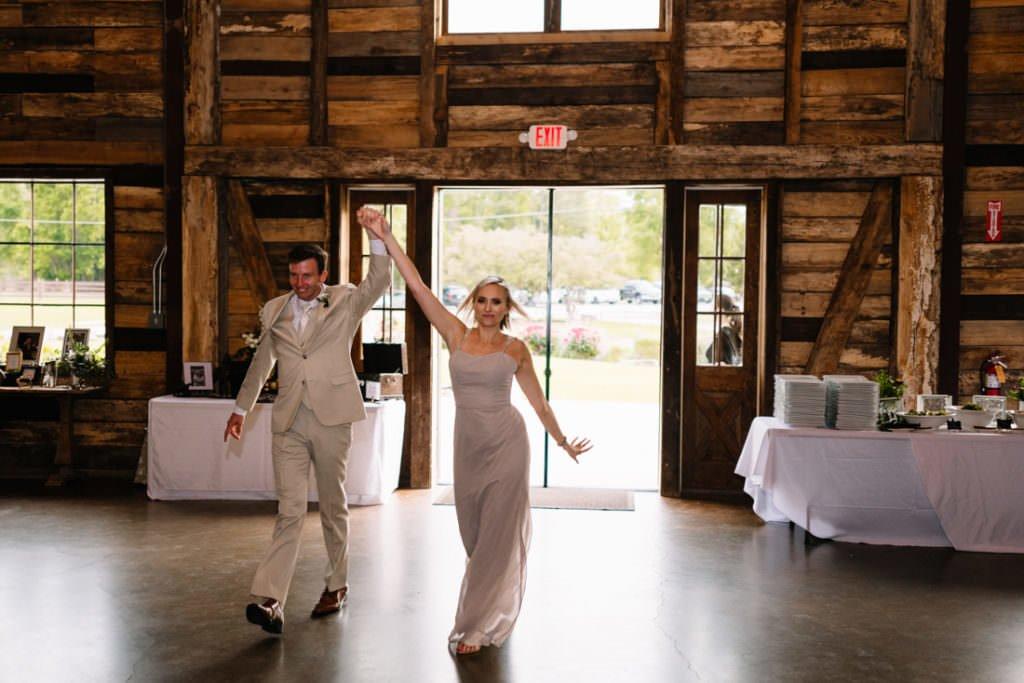 166 big sky barn wedding photographer mongomery texas