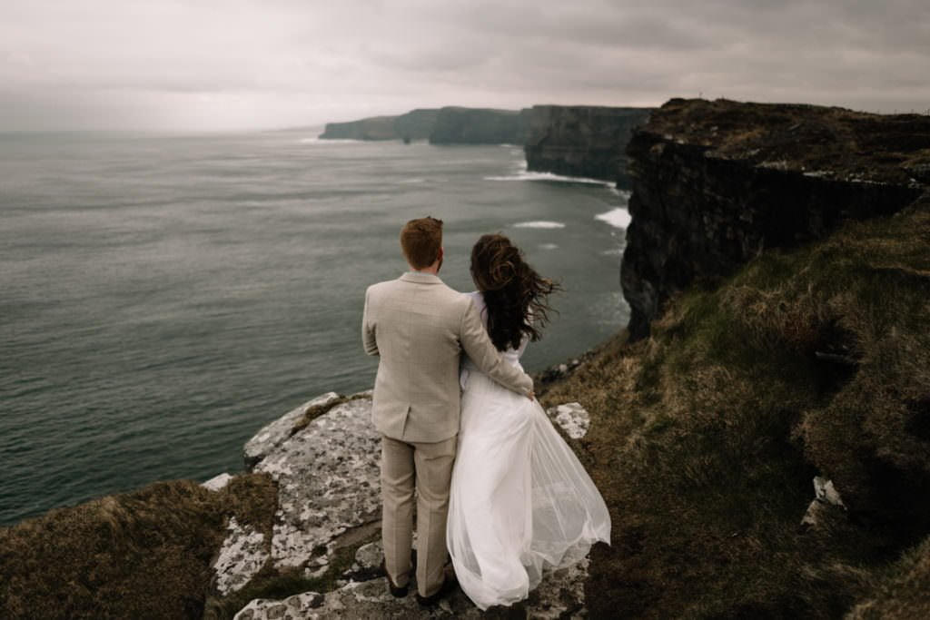 167 elope to ireland wedding photographer cliffs of moher