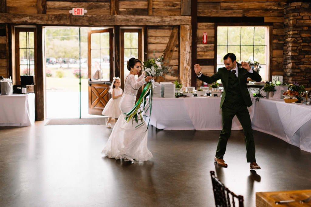 169 big sky barn wedding photographer mongomery texas