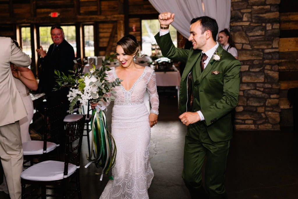 170 big sky barn wedding photographer mongomery texas