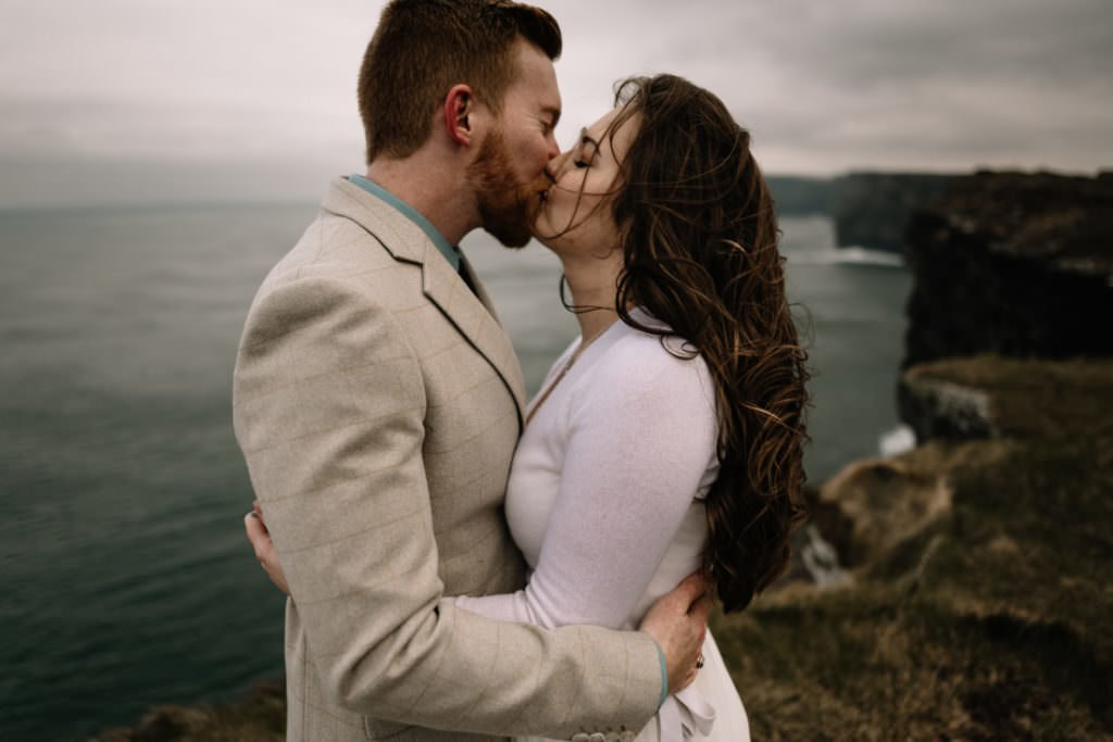 171 elope to ireland wedding photographer cliffs of moher