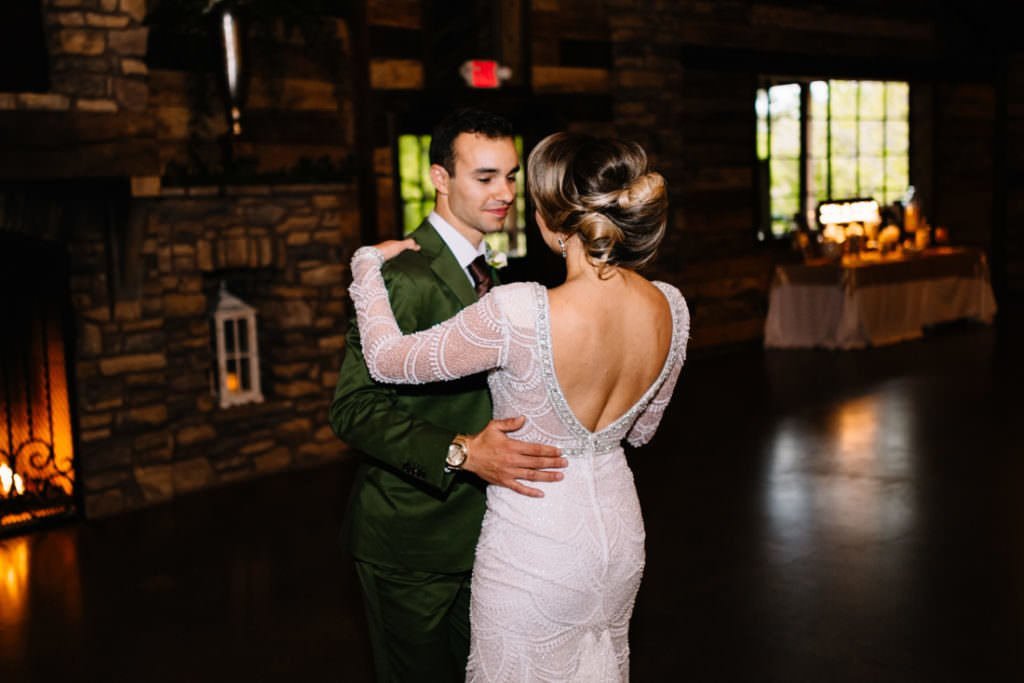 172 big sky barn wedding photographer mongomery texas