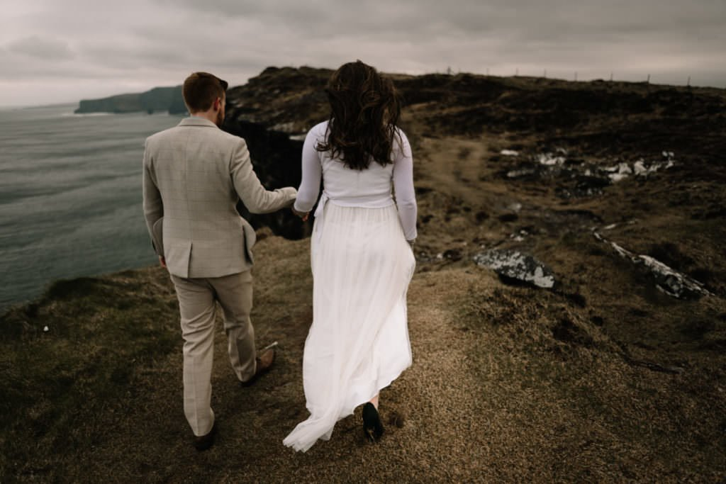 172 elope to ireland wedding photographer cliffs of moher