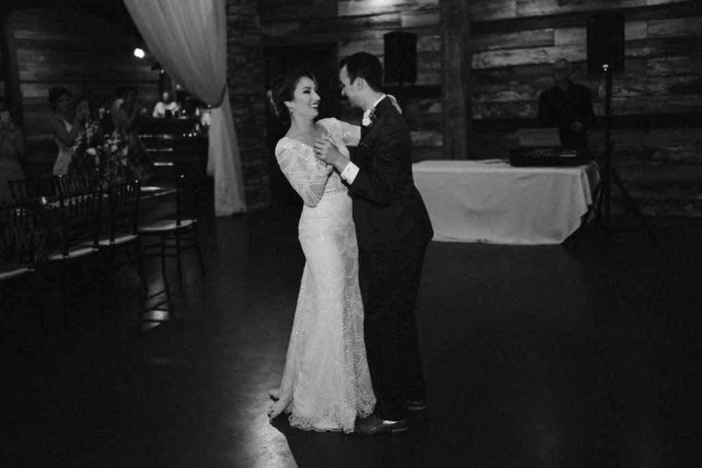 173 big sky barn wedding photographer mongomery texas