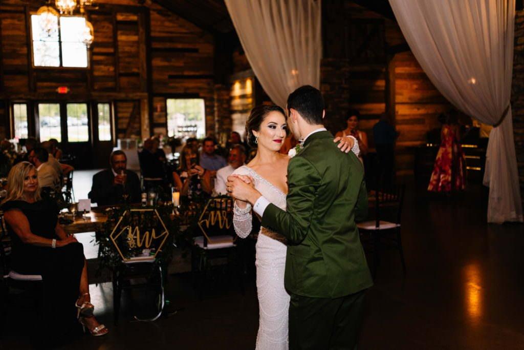 174 big sky barn wedding photographer mongomery texas