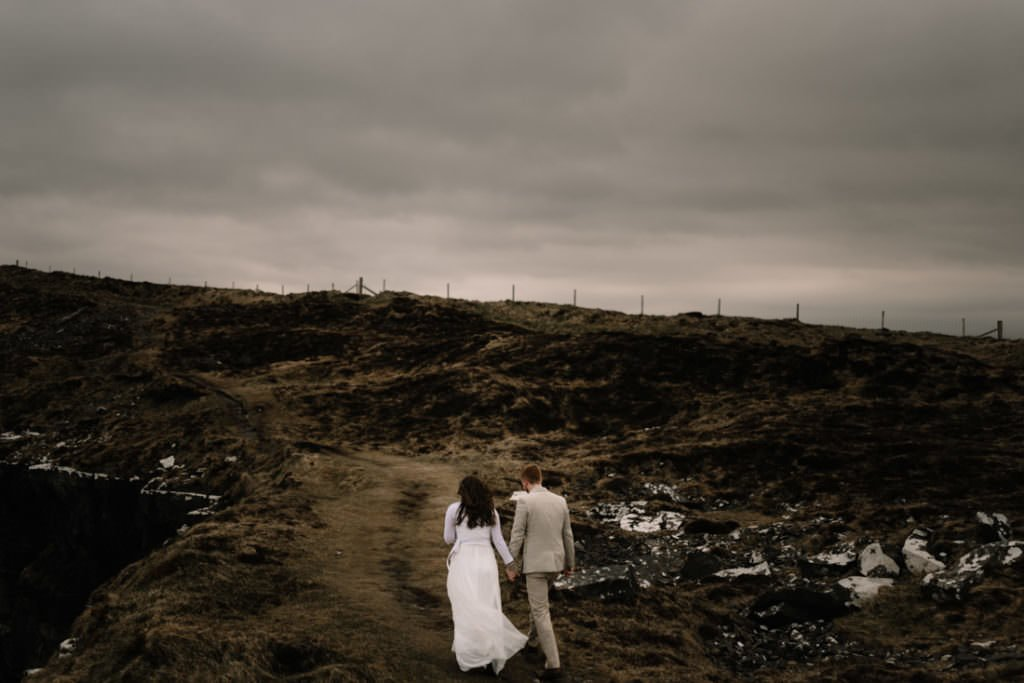 174 elope to ireland wedding photographer cliffs of moher