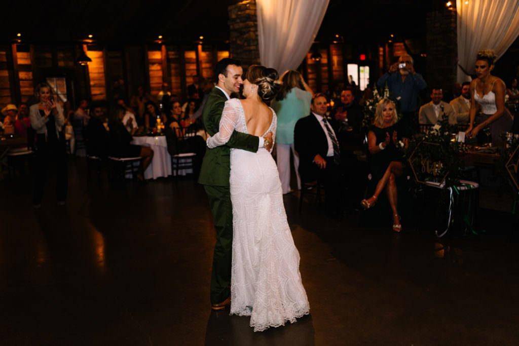 175 big sky barn wedding photographer mongomery texas