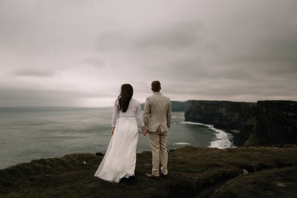 180 elope to ireland wedding photographer cliffs of moher