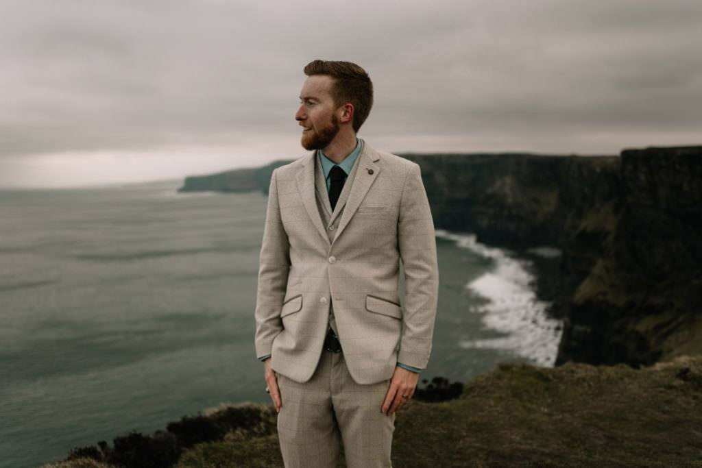 187 elope to ireland wedding photographer cliffs of moher