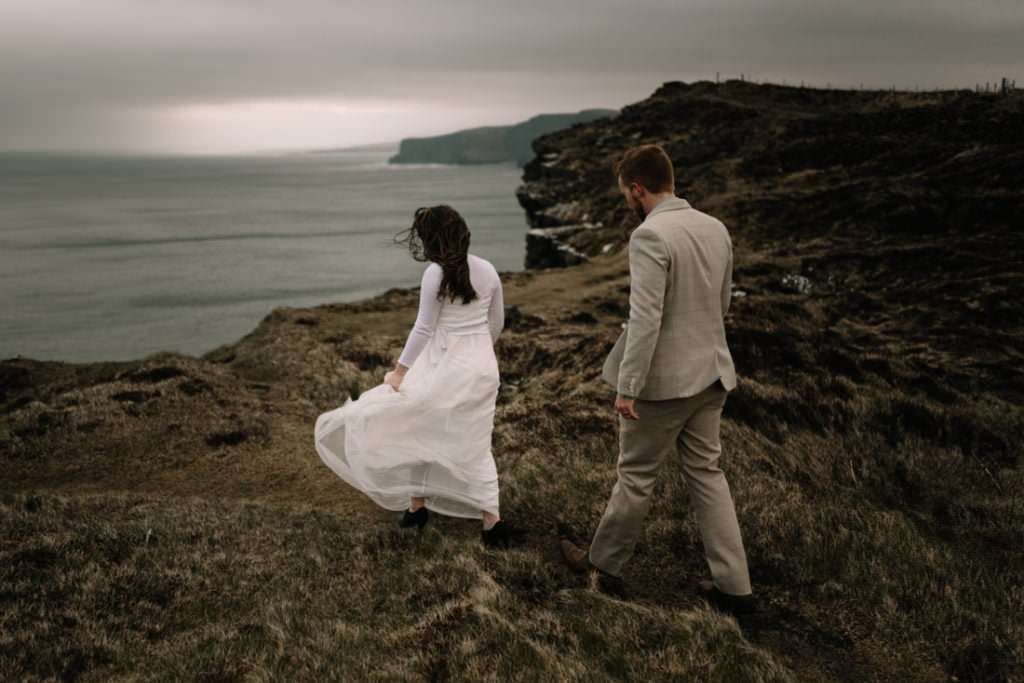 193 elope to ireland wedding photographer cliffs of moher