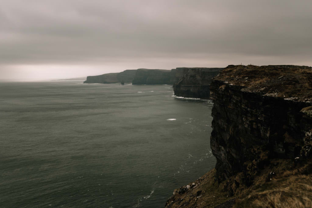 194 elope to ireland wedding photographer cliffs of moher