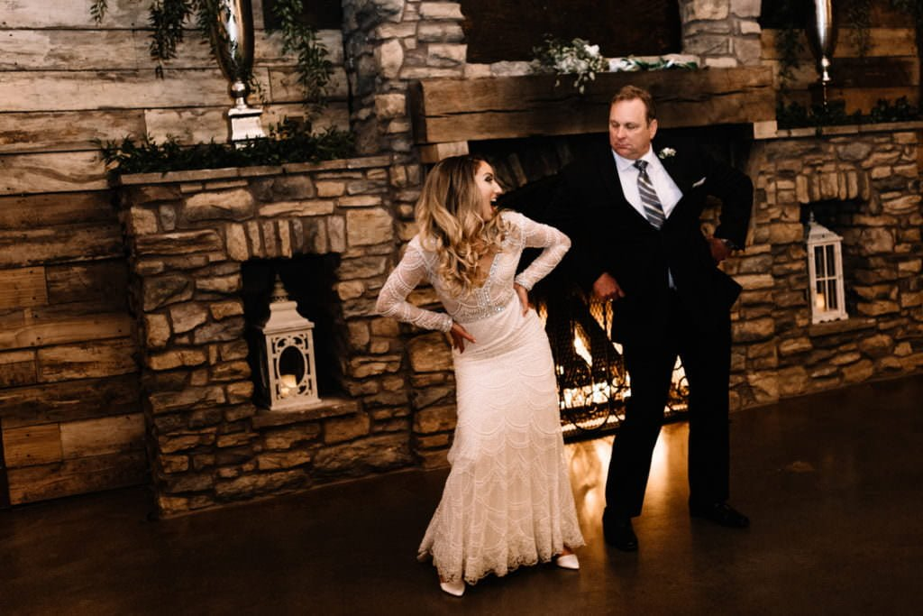204 big sky barn wedding photographer mongomery texas