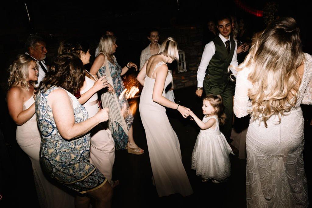 208 big sky barn wedding photographer mongomery texas
