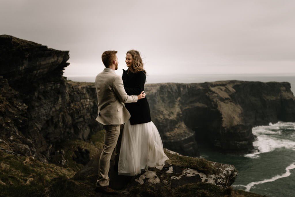 208 elope to ireland wedding photographer cliffs of moher