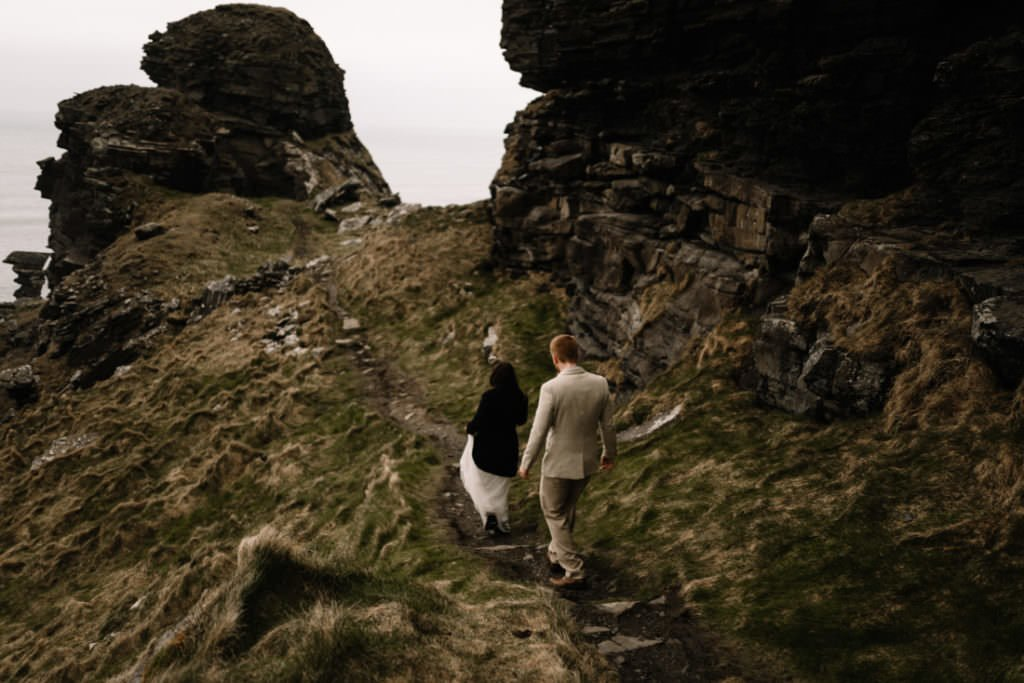 209 elope to ireland wedding photographer cliffs of moher