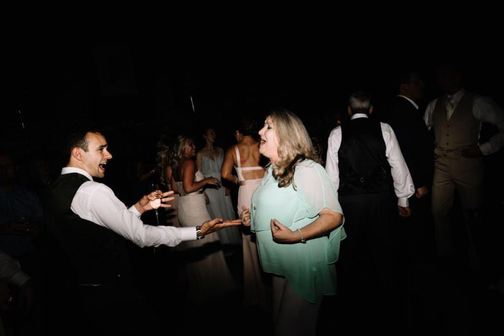 212 big sky barn wedding photographer mongomery texas