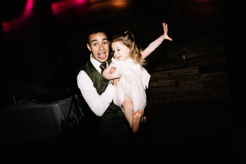 217 big sky barn wedding photographer mongomery texas