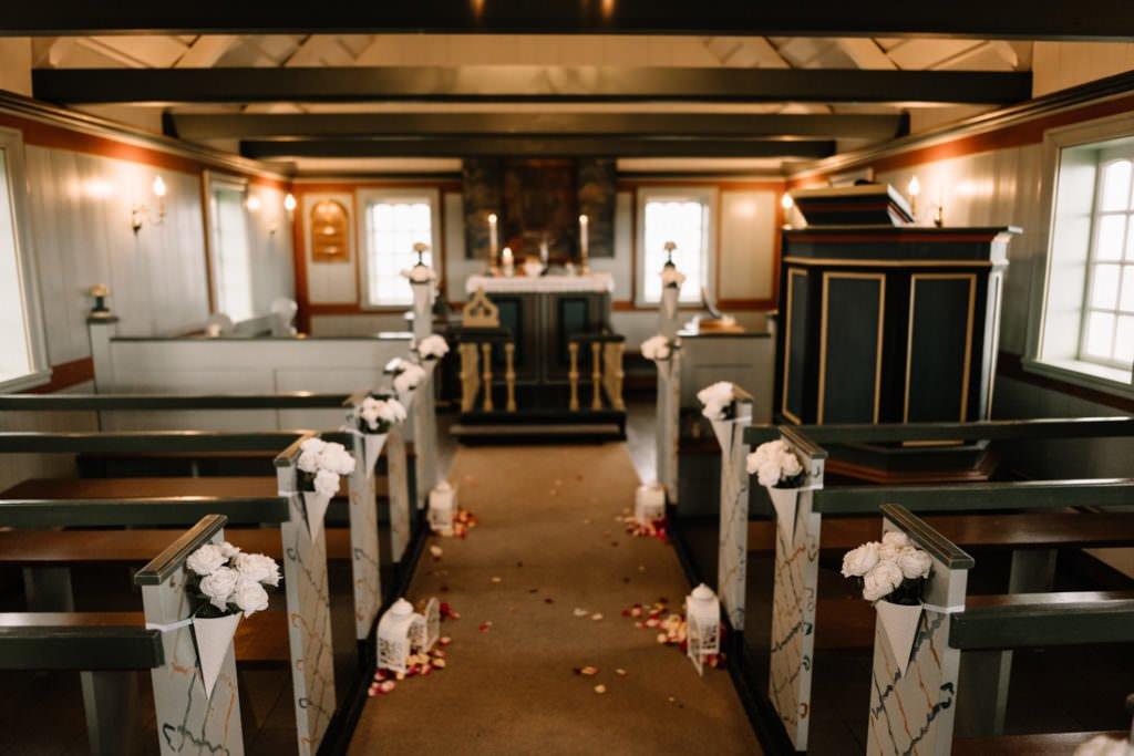 058 iceland wedding at hotel budir 1