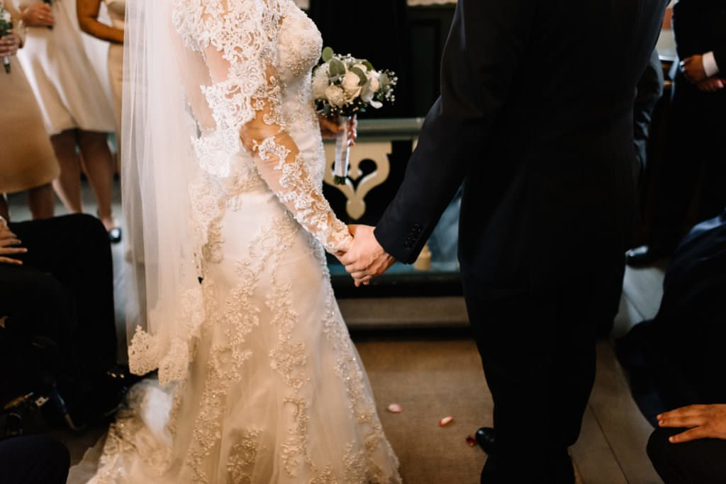082 iceland wedding at hotel budir 1