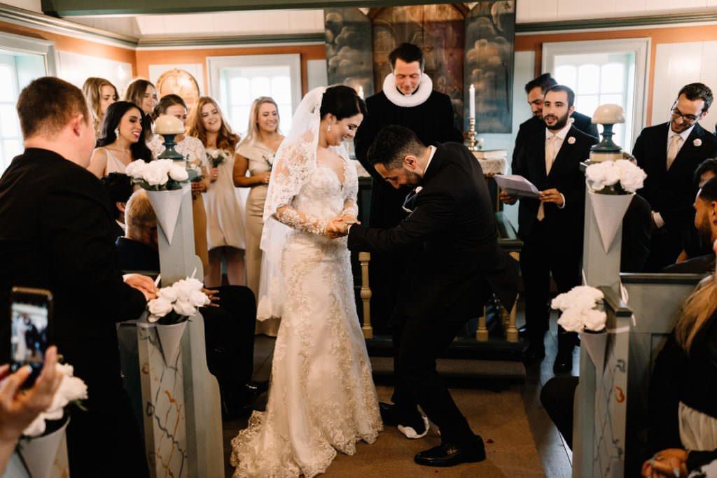 090 iceland wedding at hotel budir 1