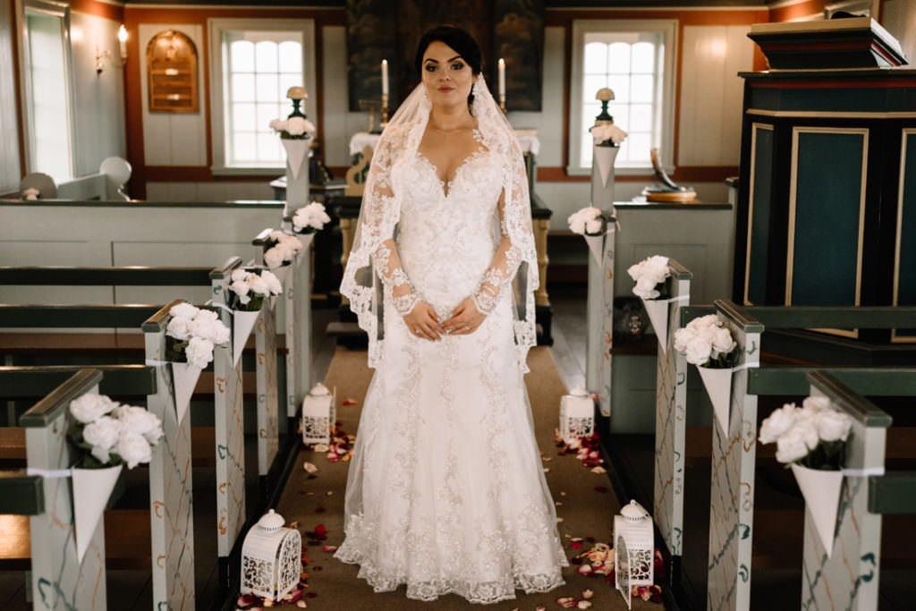 101 iceland wedding at hotel budir 1