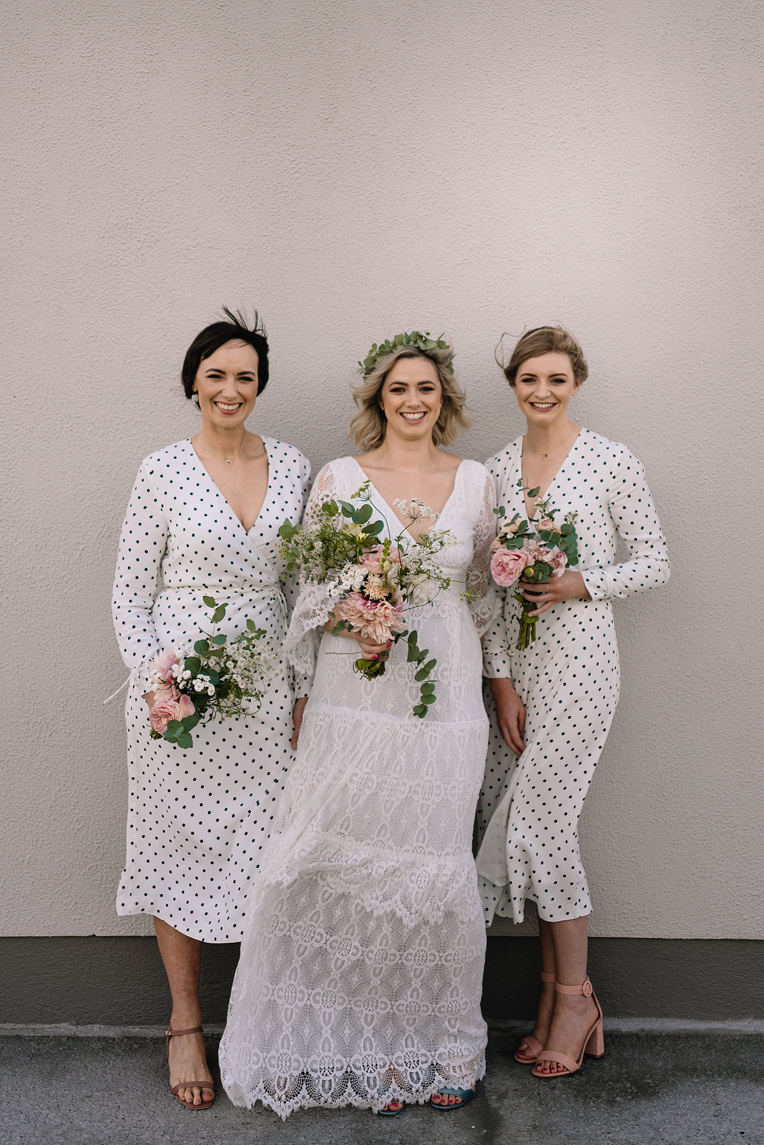 Trends and Tips for Choosing Bridesmaids Dresses